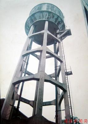 老式水塔内部图片