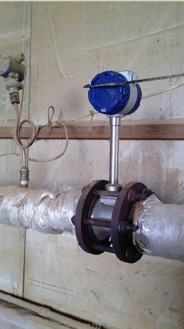 产品摘要:压缩空气流量计是根据卡门涡街原理测量