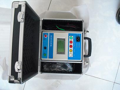 绝缘电阻测试仪/欧姆表